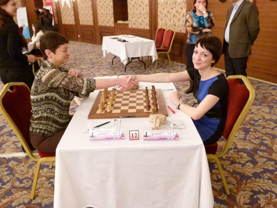 Zoya Schleining gegen Elisabeth Paehtz